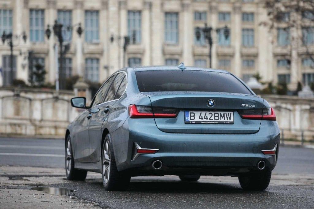 BMW 330e: test EcoWheels