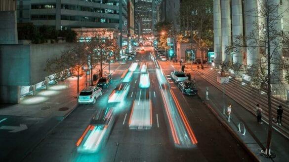 Trafic urban. Fotografie creată de Kehn Hermano, de la Pexels